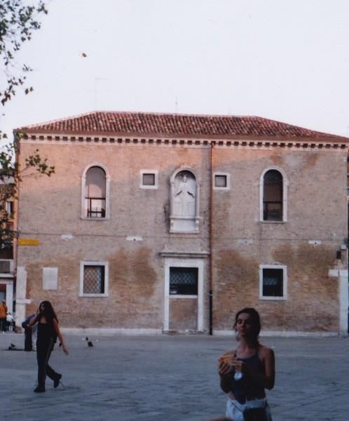 María Cruz Planchuelo in Venezia, Italy (Photo: Eryn Rosenthal)